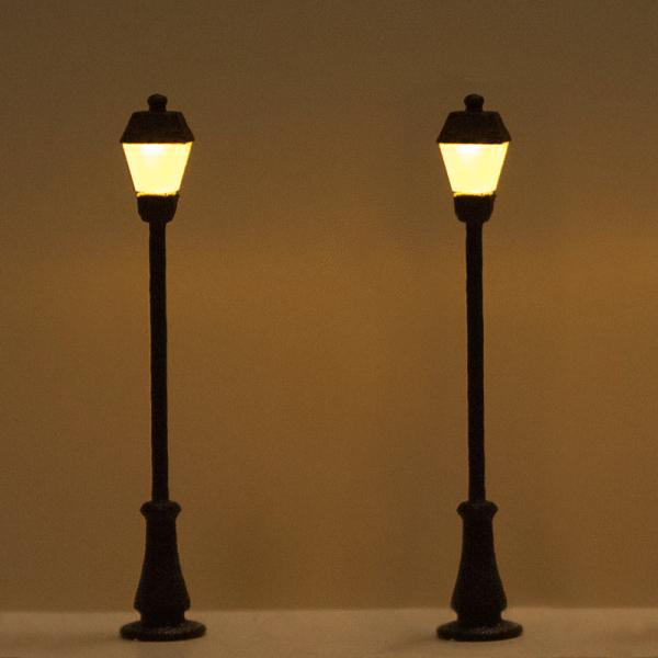 Lampione antico singolo - LED bianco caldo - Almrose